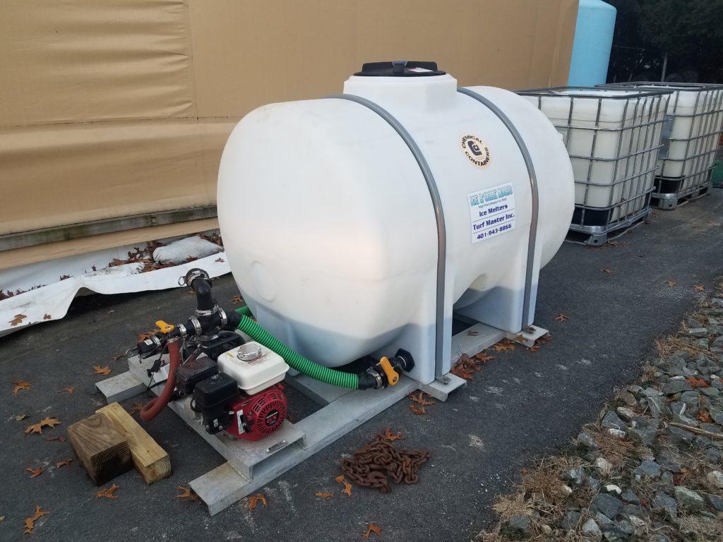 550 Gallon Poly Spray Tank w/ Boom & Honda Motor