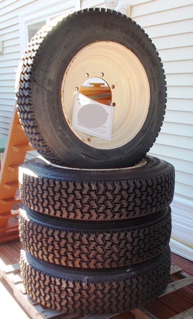 Bobcat Skidsteer Snow Tires w/Rims - Set of 4