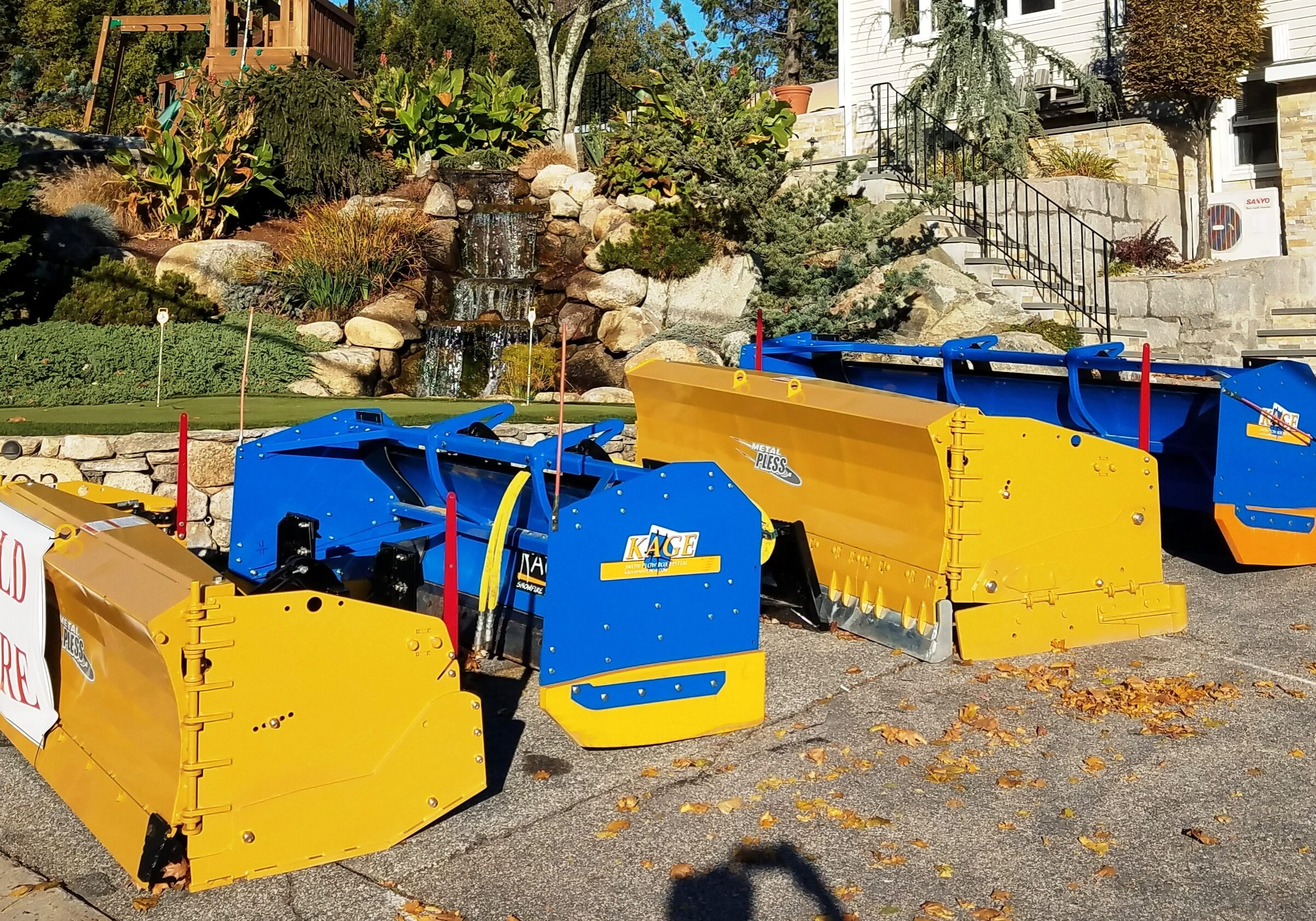 Metal Pless & Kage Plows